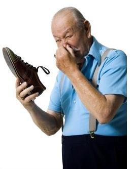 Избавиться от неприятного запаха от ног